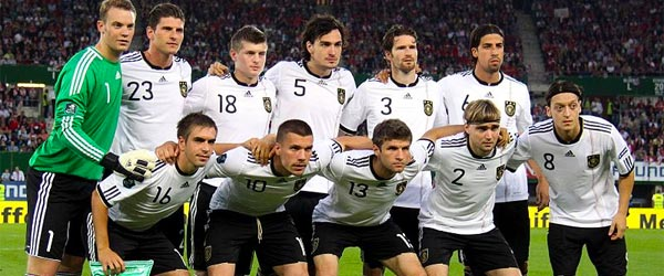 Not only intelligent conversationalists, German men can be athletic too!