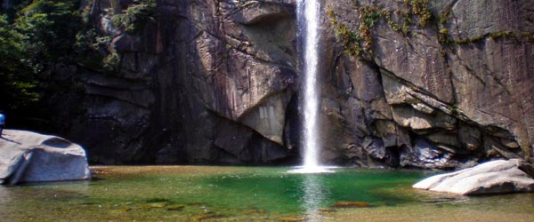 The Barkyeon Waterfall is one of the attractions in Kaesong.