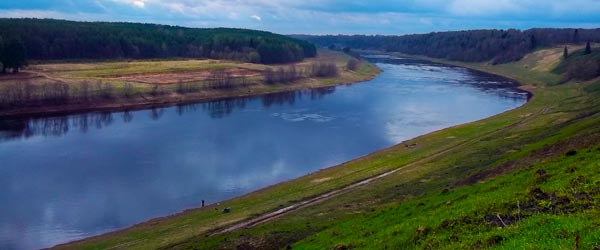The Volga River cuts a path through the great expanses of Russia.