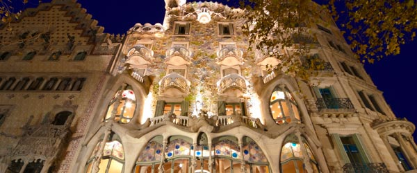 Casa Batllo was built in 1877 and modern design still hasn't caught up.