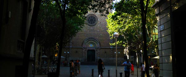 The quiet Placa de la Virreina is in a charming part of Gracia.