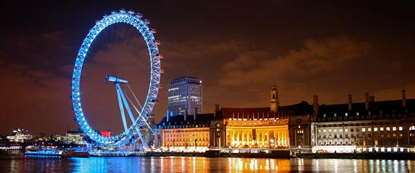 At 440 ft tall, the London Eye offers excellent views of the city.