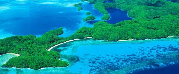The South Pacific has thousands of islands as beautiful as these.