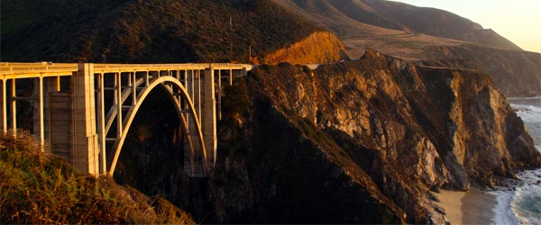 A stretch of Highway 1 in Big Sur. Photo credit Alberto Cabello / Flickr CC BY 2.0