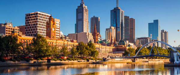 The skyline of downtown Melbourne and the Yarra River. Photo credit Gordon Bell.