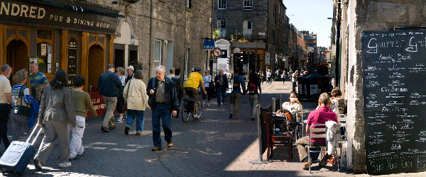 Rose Street and its pubs during the day.