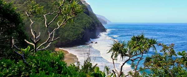 http://www.travelersdigest.com/wp-content/uploads/2013/09/kauai.jpg