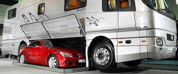 Talk about traveling in style! With this RV you'll be able to hit the town as stylish as ever.