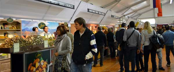 Inside the Alba International White Truffle Fair. Photo by Carrie Zimmer, SA.