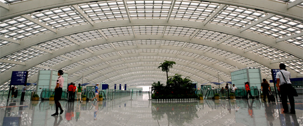 Terminal 3 in the Beijing Capital International Airport is one seriously large terminal. Photo credit kris krüg / CC BY-SA.
