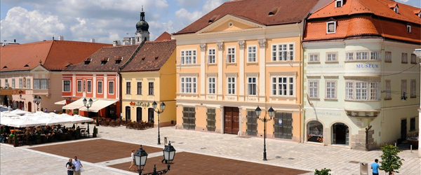 A look at the colorful and historic buildings of Győr.