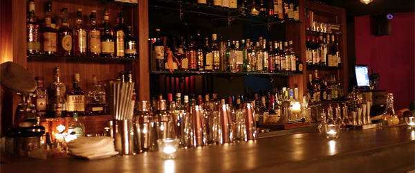 Ounce, with locations in Taipei and NYC, puts the glamour back into drinking. Photo via their official site.