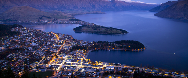 An aerial look at Queenstown and its lakeside location.