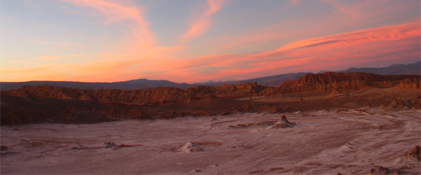 The sunset at Valle de Luna in the Atacama Desert. Photo by maratimba.