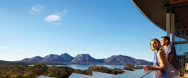 Opulent luxury meets eco-friendly design and Tasmanian landscape at Saffire Freycinet.