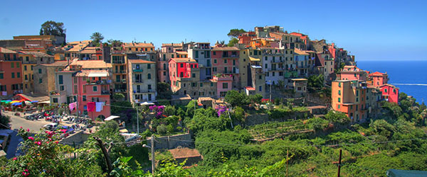 The colorful buildings of Corniglia in Cinque Terre, Italy.